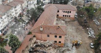 Depreme dayanıksız 24 okul yıkılacak