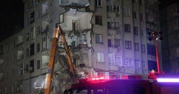 Elazığ'da çökme riski olan bina boşaltıldı, kontrollü yıkılacak