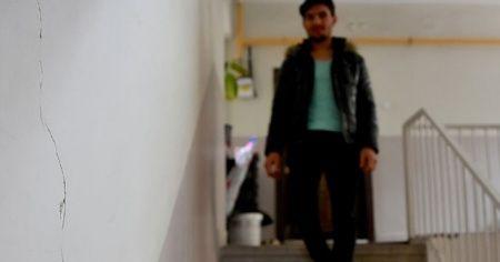 'Suriyeli Mahmud'un oturduğu bina da hasar görmüş