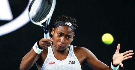 15 yaşındaki tenisçi Venus Williams'ı eledi