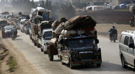 21 bin sivil daha Türkiye sınırında