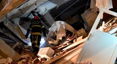 AFAD az önce açıkladı, enkaz altından 2 kişi daha sağ çıkarıldı