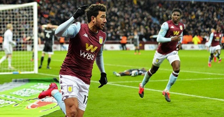 Aston Villa Trezeguet'in golüyle finalde