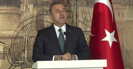 Bakan Çavuşoğlu'ndan Yunanistan'a Hafter tepkisi