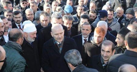 Bakan Soylu, Bitlisli kanaat önderi Çevik'in taziyesine katıldı