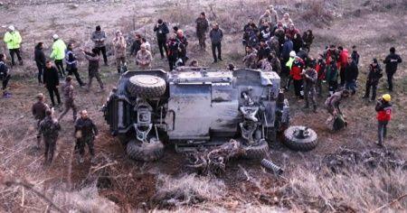 Cumhurbaşkanı Erdoğan'ın ziyareti öncesi polis zırhlı aracı kaza yaptı