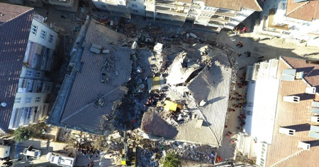 """Depremzedeler için """"psikososyal destek ekipleri"""" devrede"""