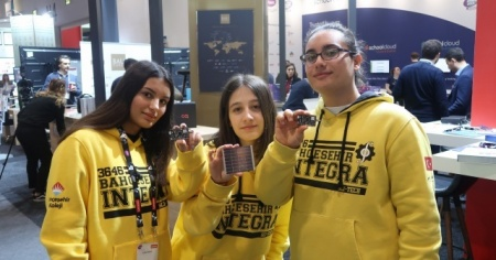 Dünyaca ünlü eğitim teknolojileri fuarında Türk öğrenciler fark attı