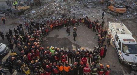 Elazığ ve Malatya'da arama kurtarma çalışmaları tamamlandı