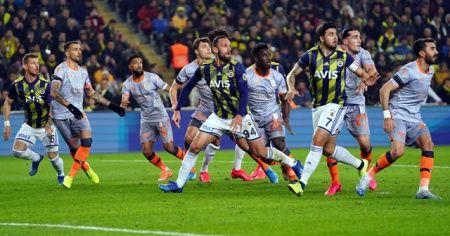 Fenerbahçe Kadıköy'de Başakşehir'i 2-0 mağlup etti