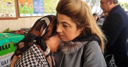 Gamze'nin annesi cenazede baygınlık geçirdi
