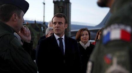 Gazetecinin Macron'un bulunduğu yeri sosyal medyada paylaşmasına soruşturma