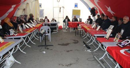 HDP önündeki ailelerin evlat nöbeti 141'inci gününde