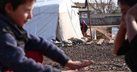 İdlib'de 21 bin sivil daha Türkiye sınırı yakınlarına göç etti