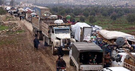 İdlib'e saldırılar sonucu 36 bin sivil daha Türkiye sınırı yakınlarına göç etti