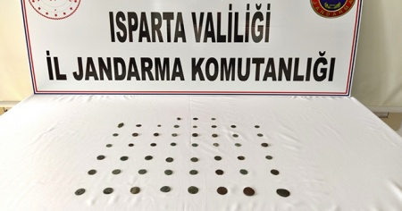 Isparta'da Roma ve Bizans Dönemlerine ait 51 adet sikke ele geçirildi