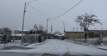 İstanbul Silivri'de kar yağışı başladı