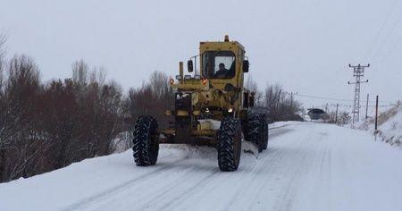 Kar yağışı nedeniyle 270 yerleşim yerinin yolu ulaşıma kapandı
