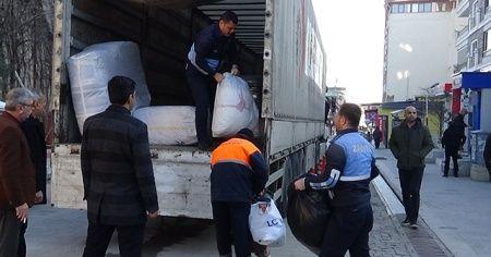 Kırıkhan'dan depremzedelere yardım