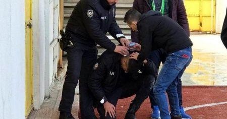 Kütahya'da olaylı maç, bir polis memuru başından yaralandı