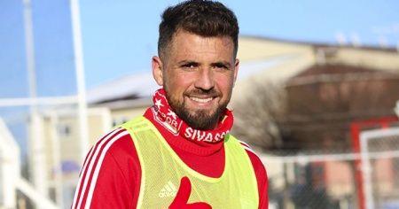 Sivasspor'un yeni transferinden iddialı açıklama