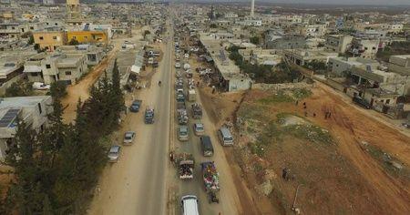 Suriyeli 39 bin sivil daha Türkiye sınırına göç etti