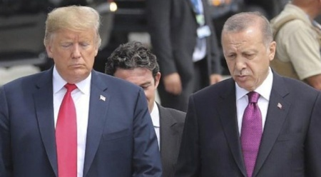 Trump'tan, Cumhurbaşkanı Erdoğan'a Elazığ depremi için taziye telefonu