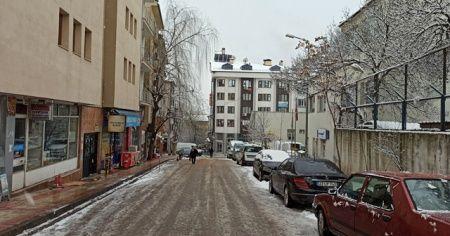 Tunceli'de kar 184 köy yolunu ulaşıma kapattı