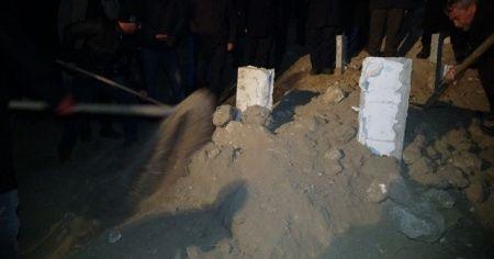 Yangında ölen 3 ve 4 yaşındaki iki kardeş toprağa verildi