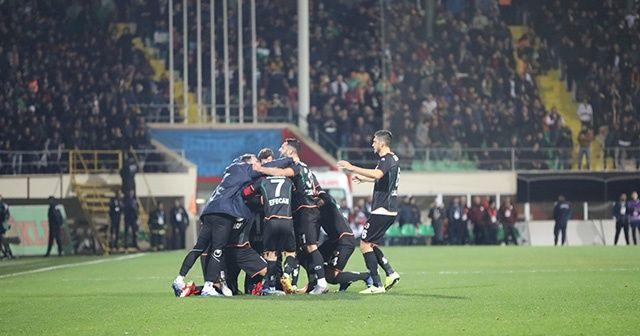 Alanyaspor, Galatasaray'ı 2-0 mağlup etti