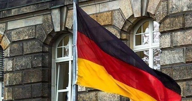 Almanya İçişleri Bakanı Seehofer, muhtemel yeni mülteci krizine karşı uyardı