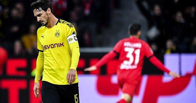 Borussia Dortmund zirve yarışında darbe aldı