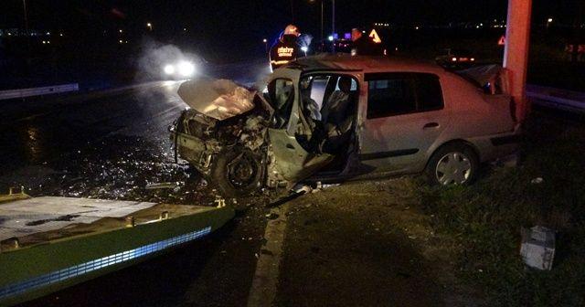 Ters yönden giden araç kazaya neden oldu: 1 ölü, 2 yaralı