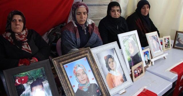 HDP önündeki ailelerin evlat nöbeti 167'nci gününde