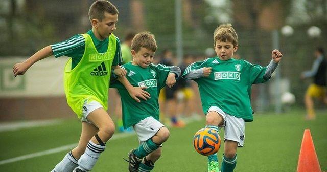 İngiltere, İskoçya ve Kuzey İrlanda'da 11 yaşından küçük çocuklara kafa topu yasağı