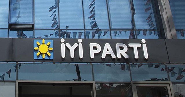 İYİ Parti'de istifa!