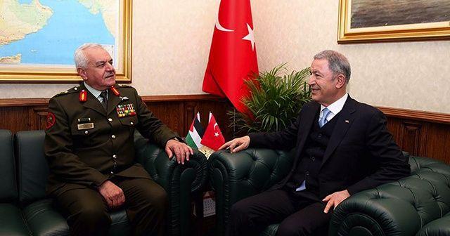 Milli Savunma Bakanı Akar Ürdün Genelkurmay Başkanını kabul etti