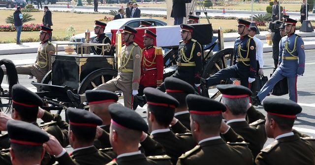 Mübarek için askeri cenaze töreni