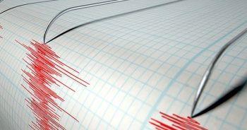 Endonezya'da 6.2 büyüklüğünde deprem