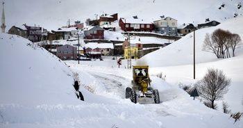 Erzincan'da kar yağışı ve çığ uyarısı