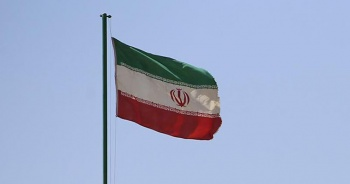 İran'dan Suriye çağrısı