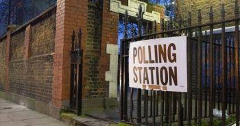 İrlanda yarın erken seçim için sandık başına gidecek