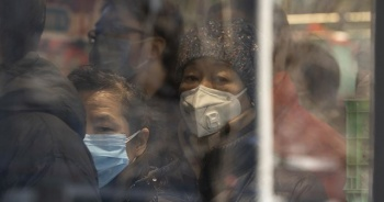 Koronavirüsün bulaştığı kişi sayısı 40 bini geçti