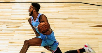 NBA smaç yarışmasının galibi Derrick Jones