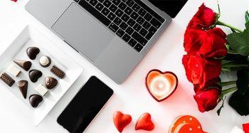 Sevgililer Günü'nde pahalı hediyeler tercih ediliyor, son günlere kadar bekleniyor