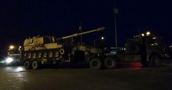 Sınıra tank ve zırhlı iş makineleri sevk edildi