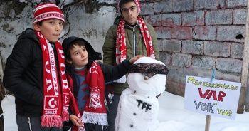 Sivassporlu minik taraftarlardan ilginç tepki!