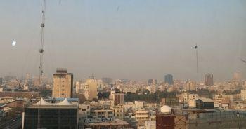 Tahran'da okullar yarın tatil