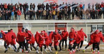 Taraftarlar Sivasspor idmanına akın etti!