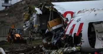 """Yardımcı pilot: Kule bize """"pas geçin, inmeyin"""" talimatı vermedi"""